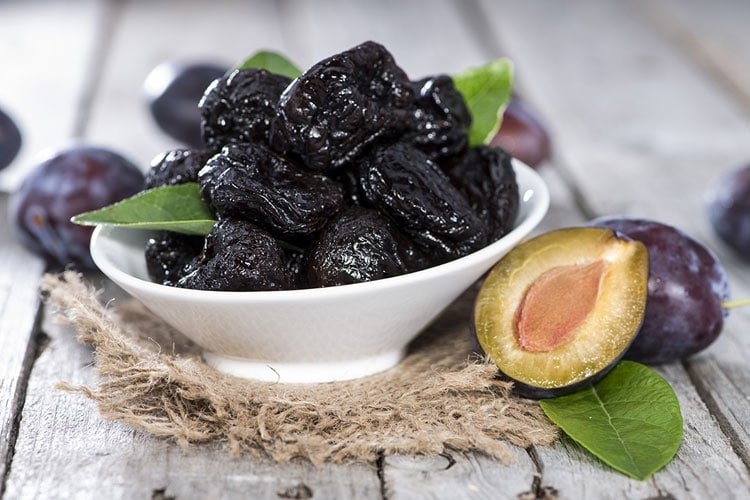 Can Dogs Eat Prunes